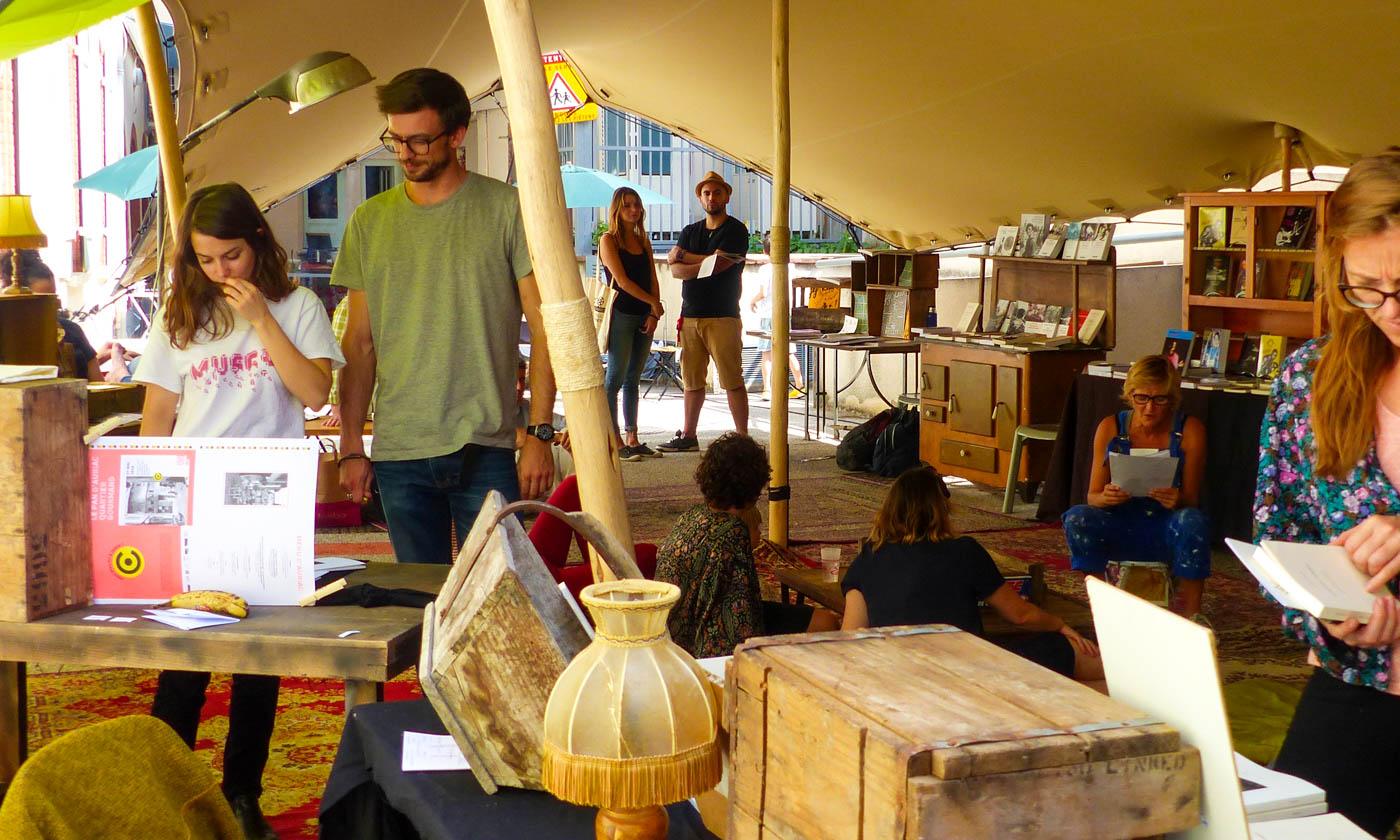 """Tente de lecture du festival """"Chez René"""" à la Cave Poésie (Toulouse)"""
