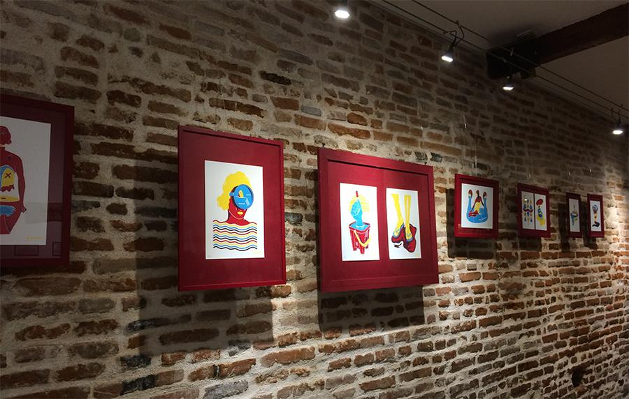 Photo du blog, exposition Trempette de Sable au restaurant la Part du Hasard à Toulouse. Exposition de sérigraphies par Superfruit.