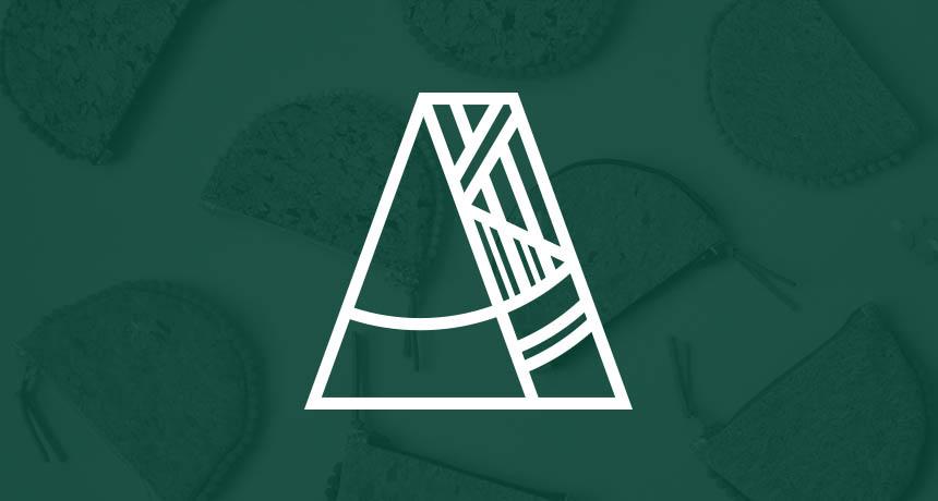Logo du l'Atelier Albert en blanc sur fond vert