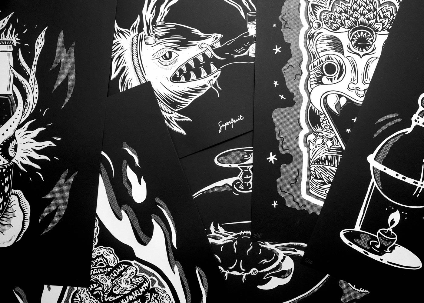 """Ensembles en tas des affiches sérigraphiées de la collection """"mer à boire"""""""