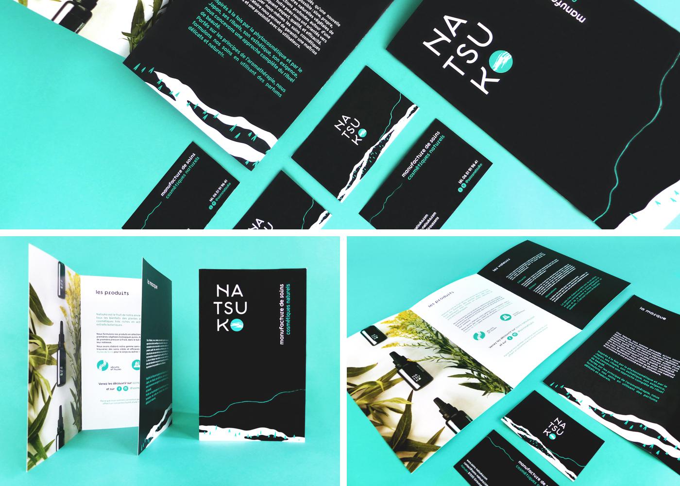 Montage photo présentant les divers supports imprimés de la charte Natsuko : cartes de visite et plaquette commerciale.